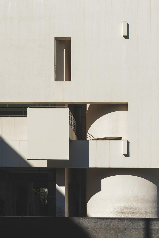 Ethan L - MACBA: Museu dArt Contemporani de Barcelona