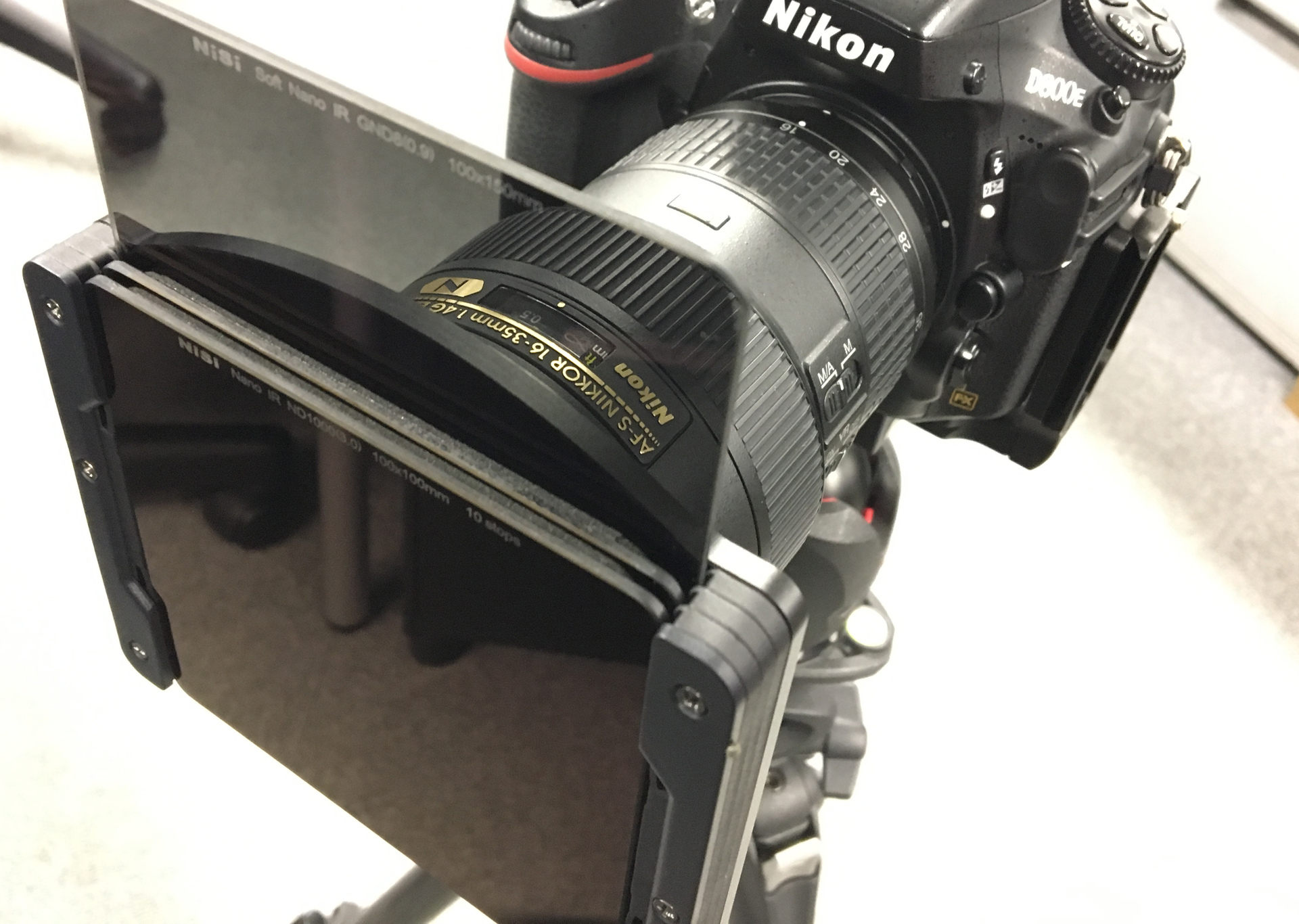 Nisi Filter System Review 100mm V5 Pro Holder Starter Kit All In One Case Ready To Go You Can Then Insert The Filters Need Up A Maximum Of Three Plus Polariser Not Bad At If Consider Theres No Vignetting